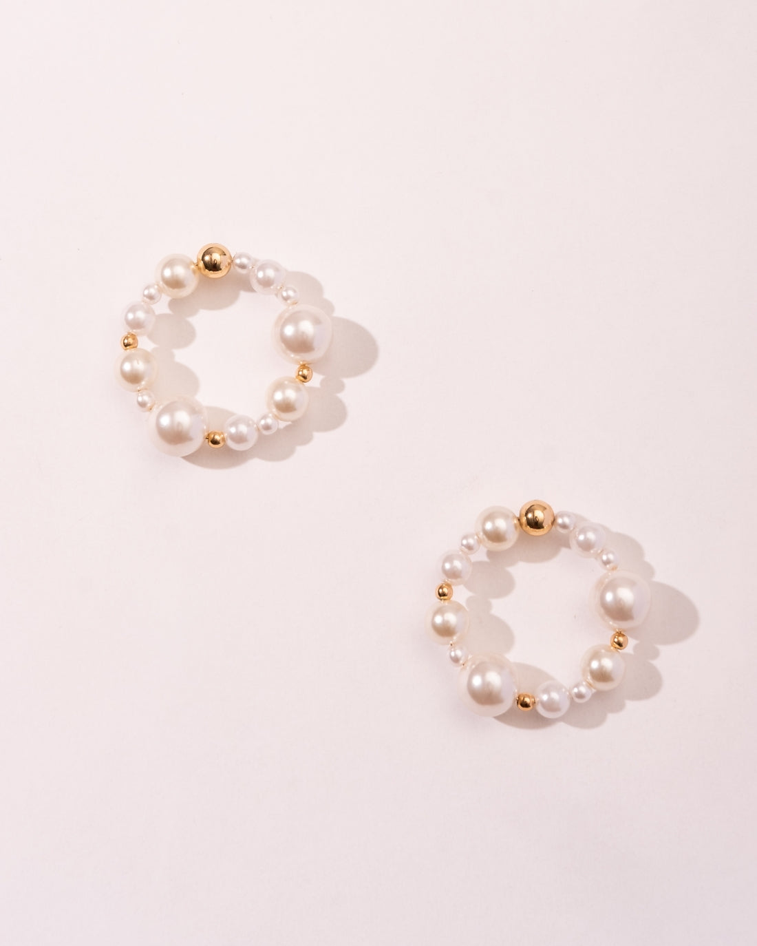 LUXE FRONT FACING HOOPS