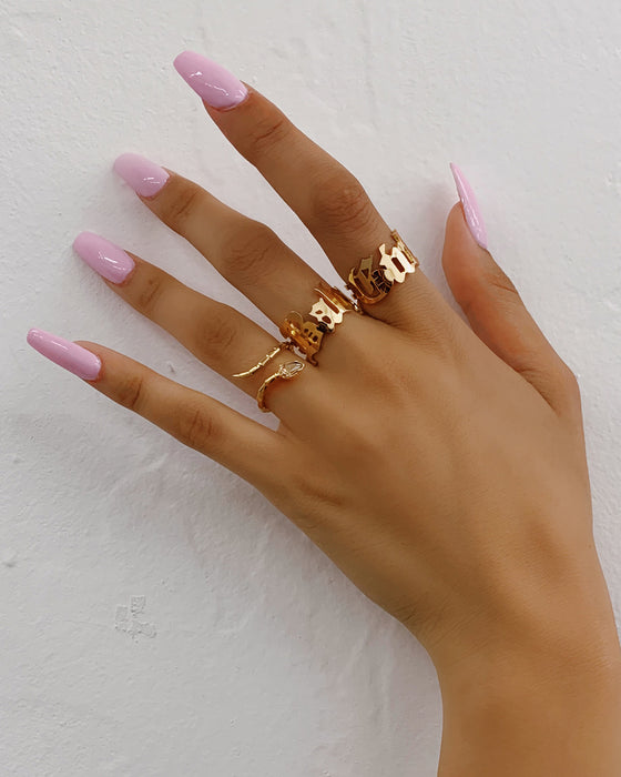 BABYGIRL RING SET