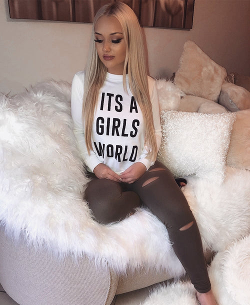 IT'S A GIRLS WORLD (WHITE)