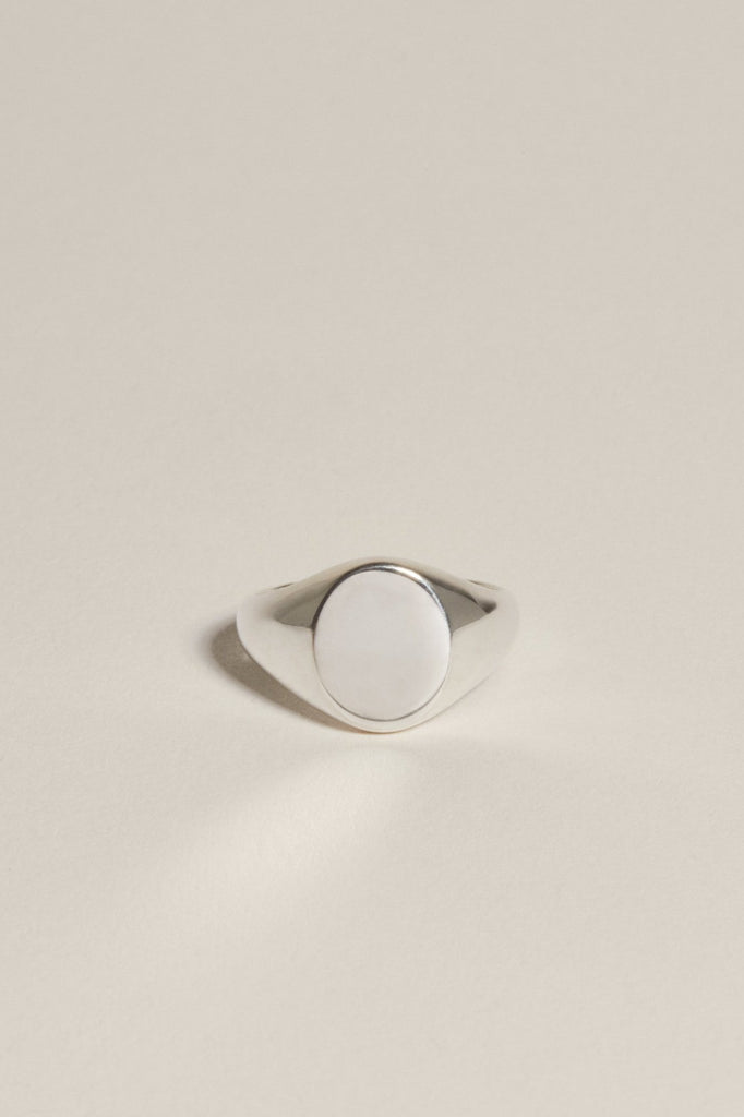 Oval Pinky Signet: Silver
