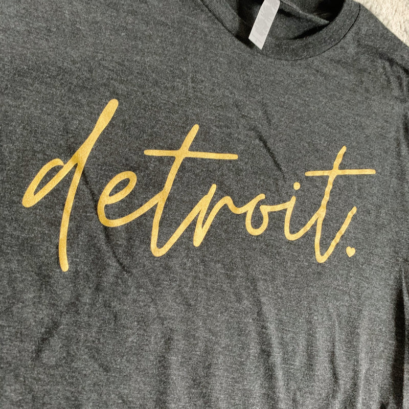 Detroit Metallic Gold Vintage Black Long Sleeve Tee