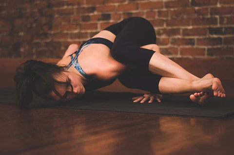 cleaning yoga mat