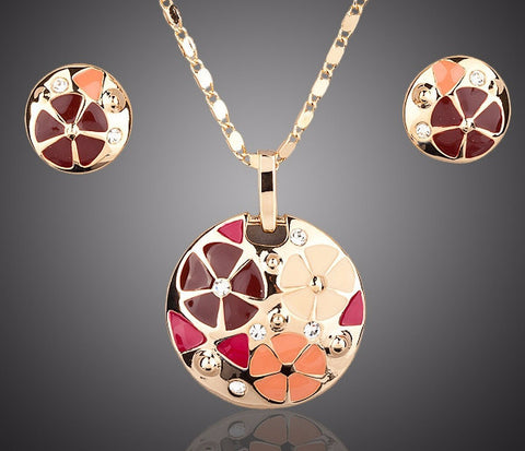 Gold Plated Flower Design Stud Earrings and Pendant Necklace Jewelry Set