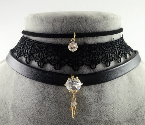 Hot Choker Necklace with Crystal Pendants