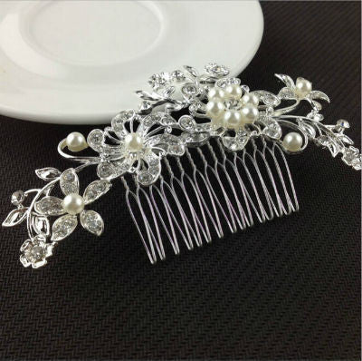 Beautiful Pearl Flower Hair Pin