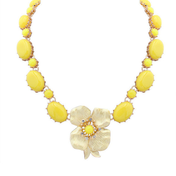 Statement Flower Necklace