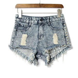 Selen Denim Shorts - Light Wash - InsideMyLuggage