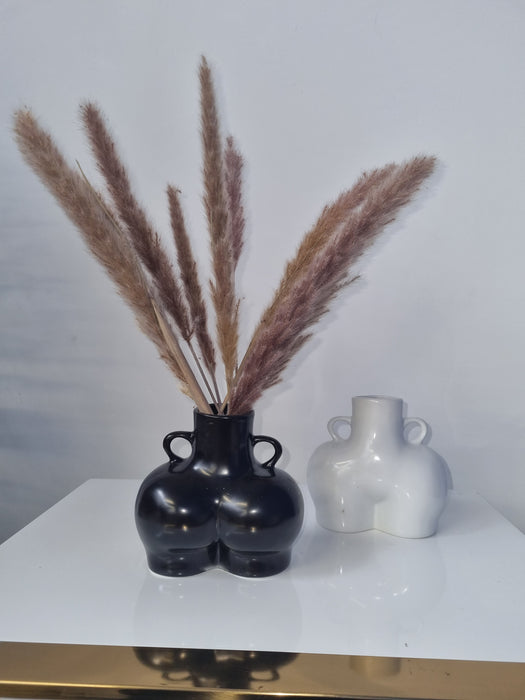 Cheeky Bum Vase for Pampas