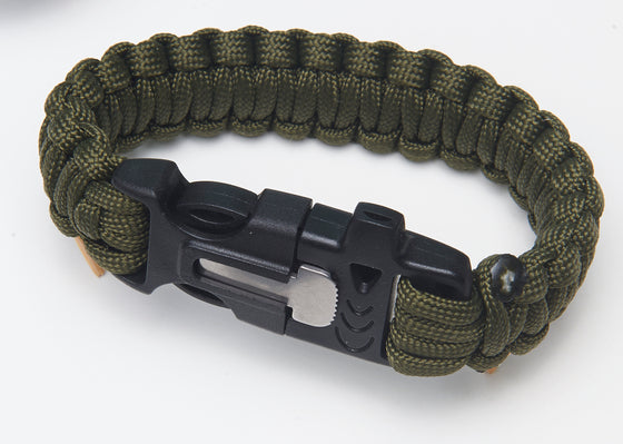 Para cord Wristband - Whistle and Serrated Blade