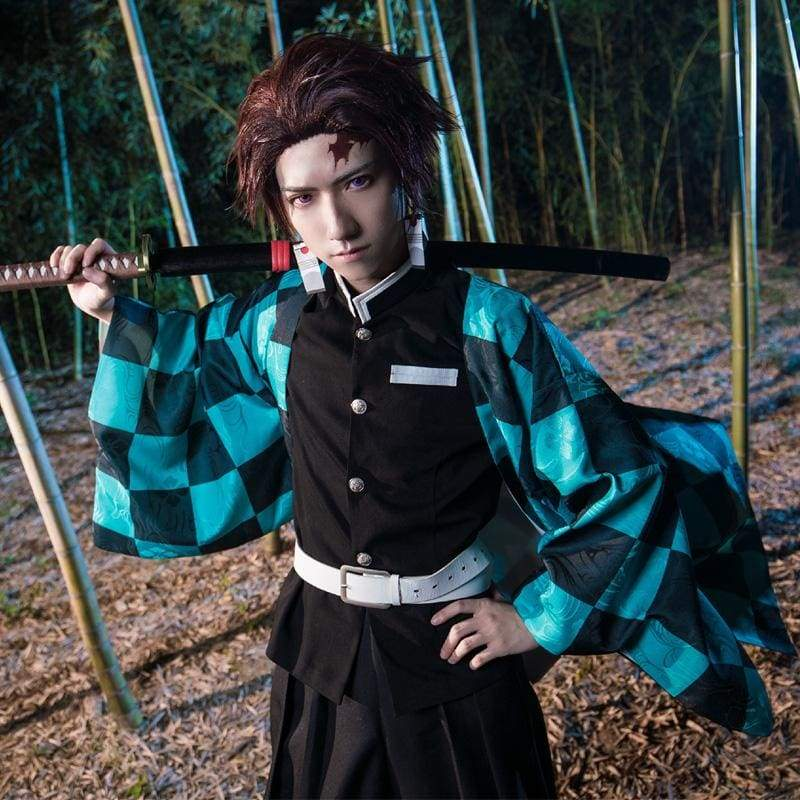 Xcoser Demon Slayer: Kimetsu no Yaiba Tanjiro Kamado Cosplay Costume - Costumes 1