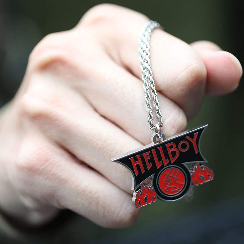 xcoser-de - Xcoser Hellboy Fire Logo Necklace - Jewelry