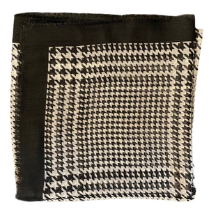 Classy Houndstooth Design