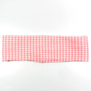 Houndstooth Accordion Flat