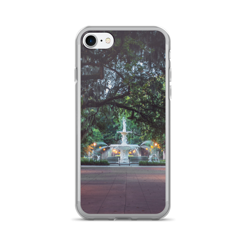 Forsyth Park Fountain - Savannah, Georgia iPhone 7/7 Plus Case