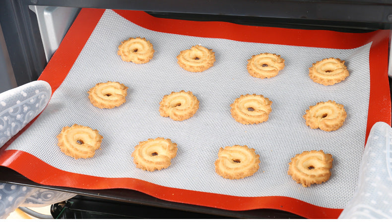PERFORATED SILPAT BAKING MAT