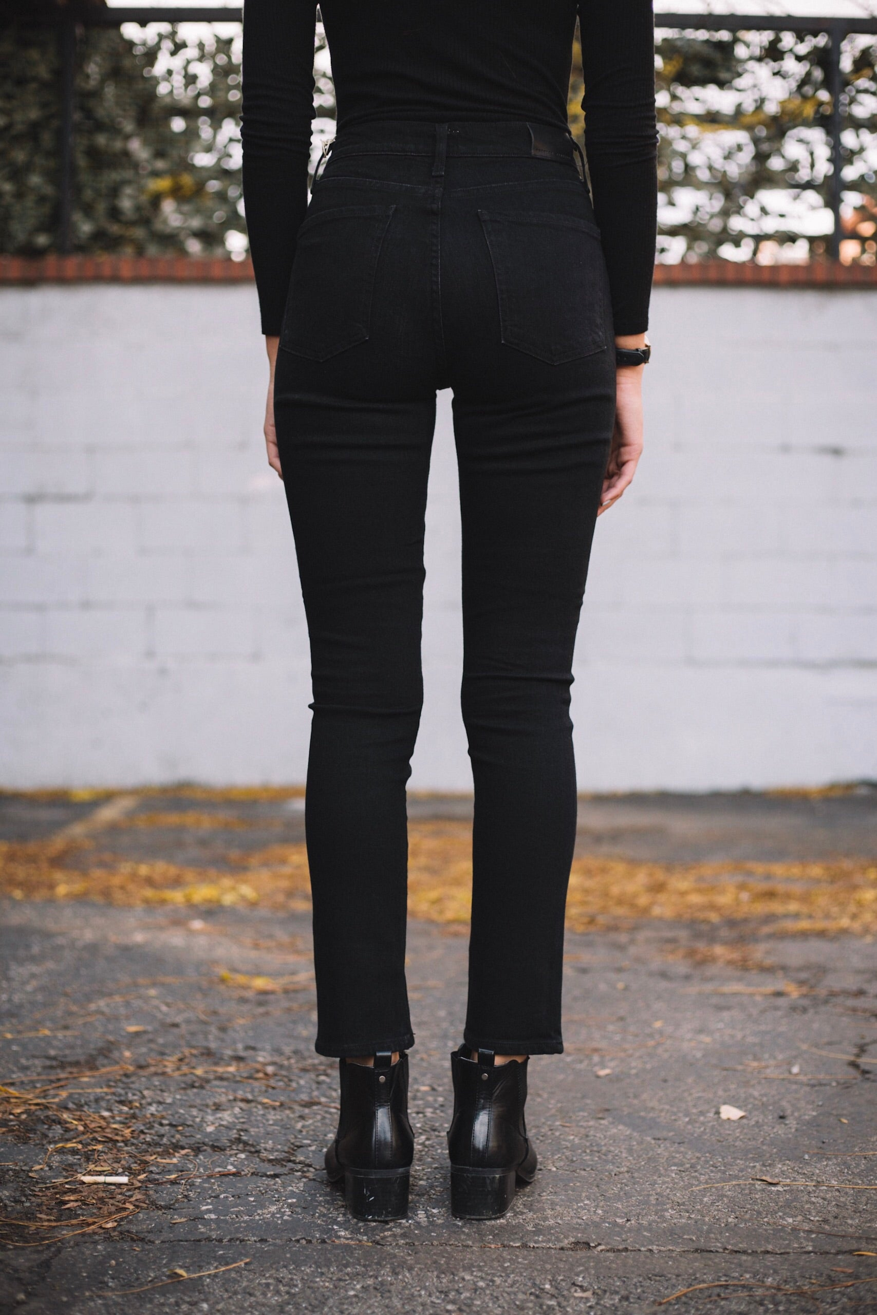 Olivia High Rise Slim Ankle - Licorice