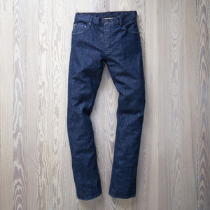 JONES SELVAGE | LAKE