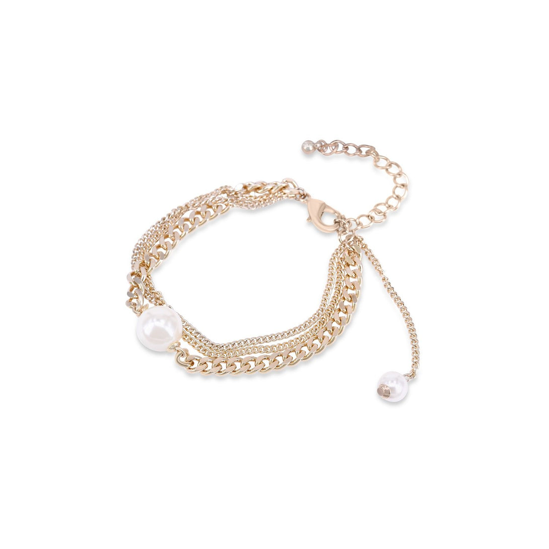 Classic Pearl-centered Clasp Bracelet
