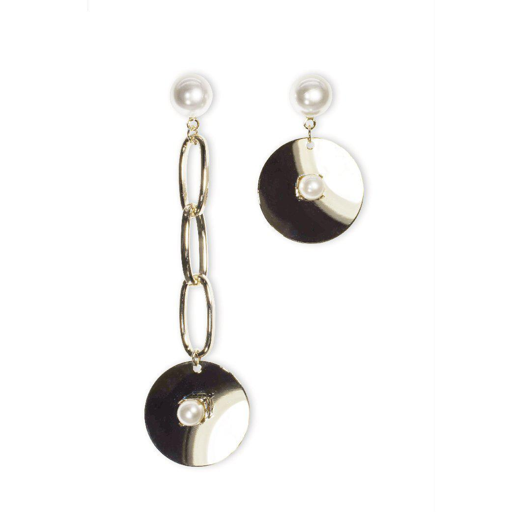 Modern queen asymmetric chain and pearl earrings