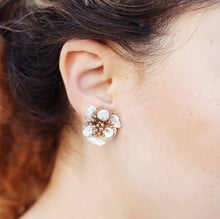 Floral collection round pearl studs
