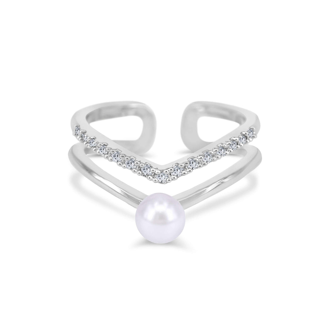 The White Pearl Ring