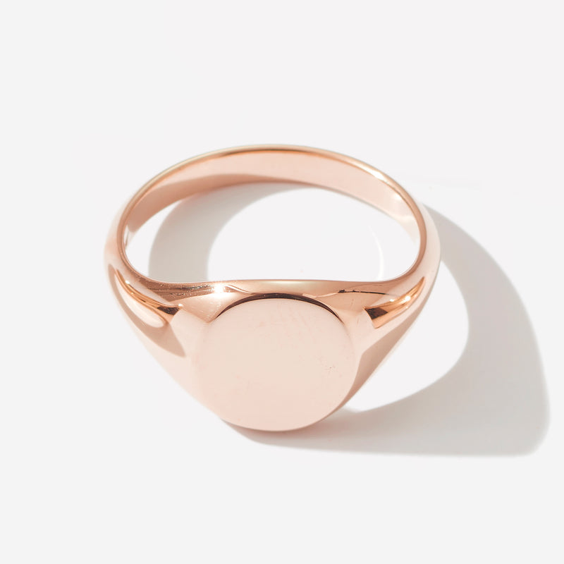 Large Signet Ring in Rose Gold