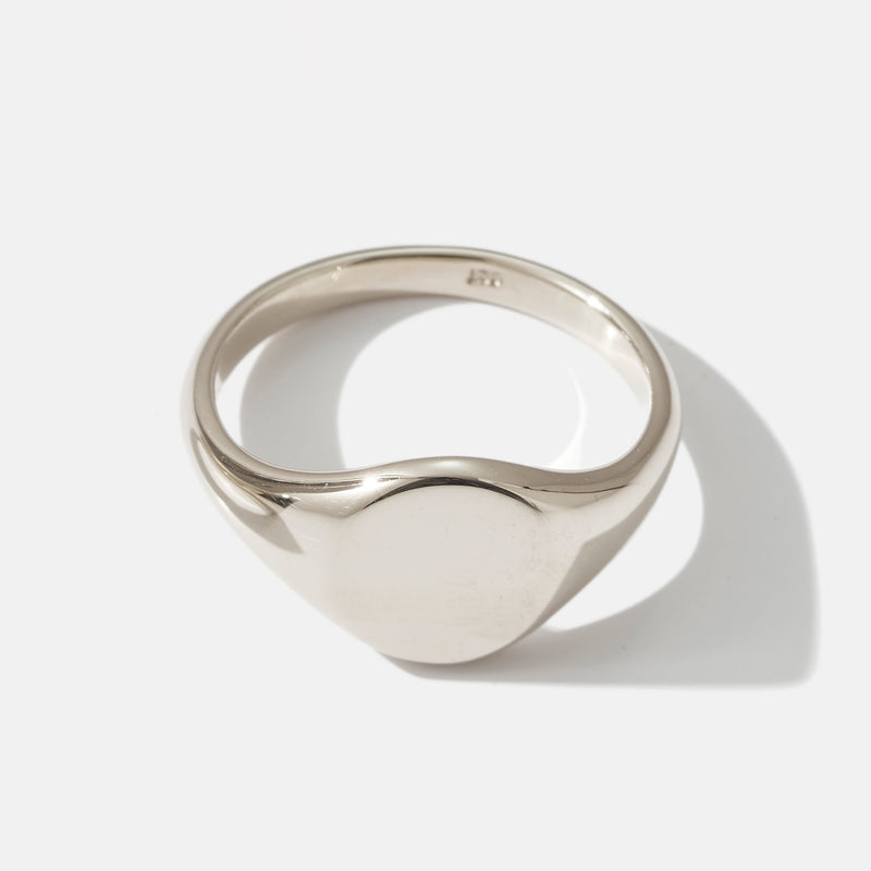 Small Signet Ring in White Gold