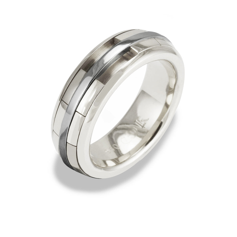 Ladies REVOLVER Ring in 9ct White Gold