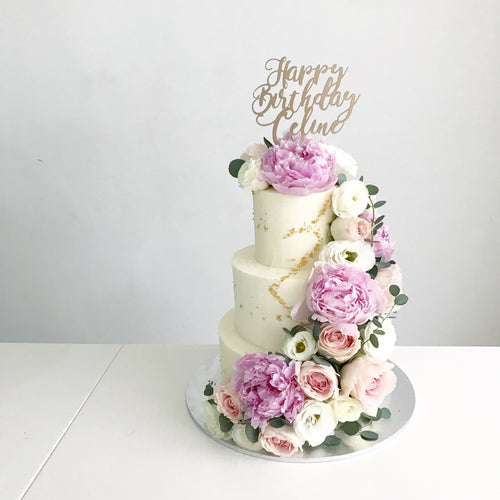 Blooming Wedding Cake [Three Tier]