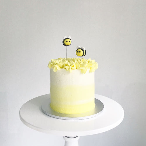 Honey Bees Cake | BOW by LazyBaking | Bespoke Wedding Cake | Hong Kong