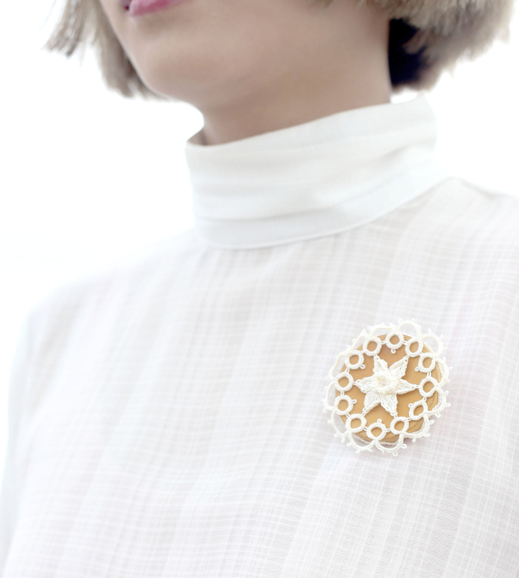 Narcissus, Wooden Button Brooch with Crochet