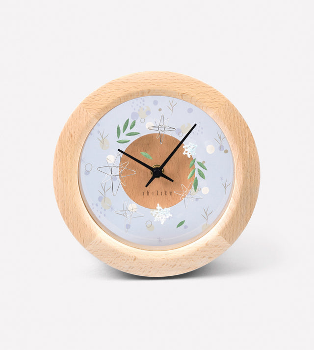 DIY Four Season Beech Clock (Winter)