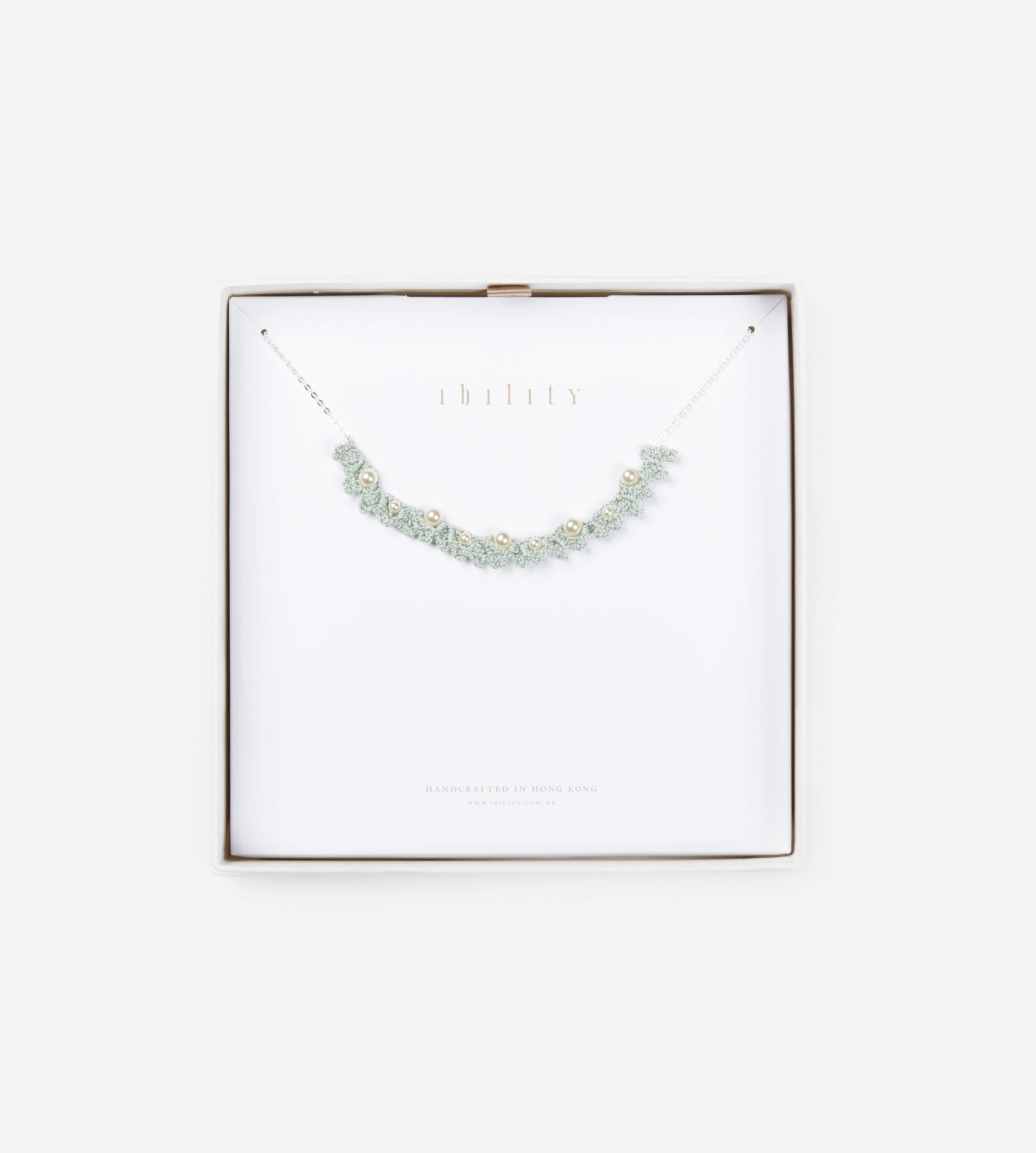 The Son of The Sea, Glossy Mixed Pearl Choker