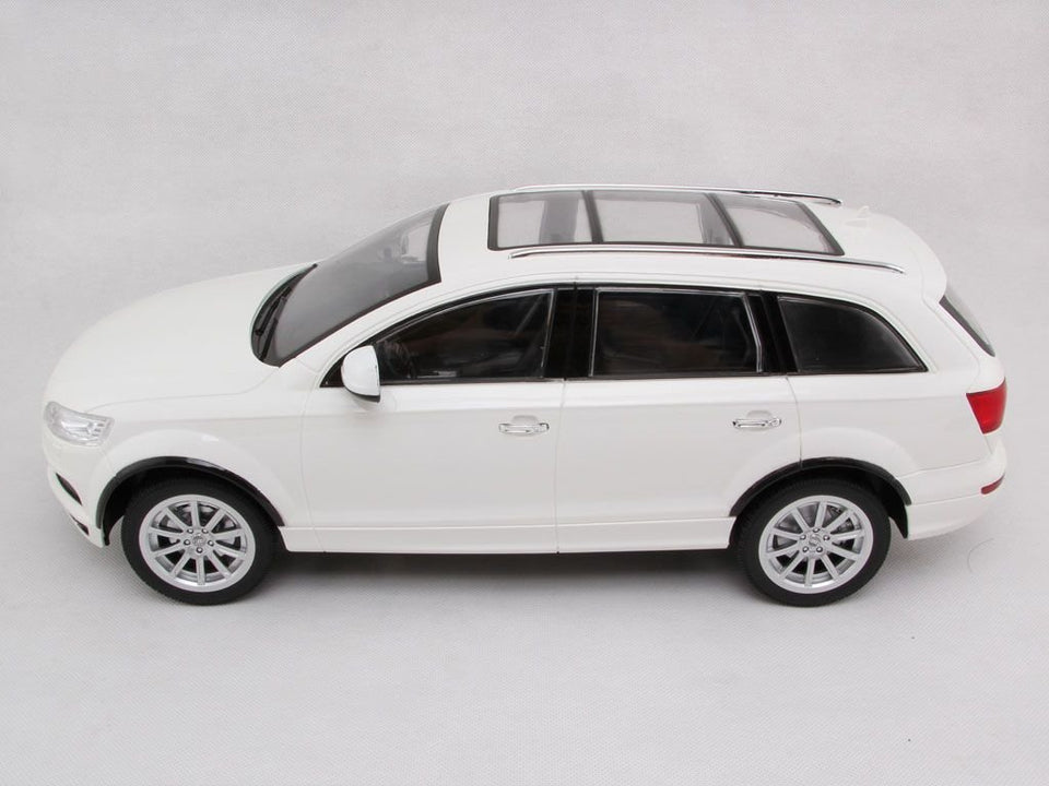 Toyshine 1:16 Genuine Licence Audi Q7 Full Function Remote Car, Assorted Color