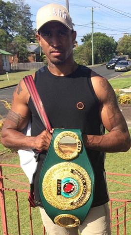 WBO SUPER MIDDLE WEIGHT 'RENOLD QUINLAN'