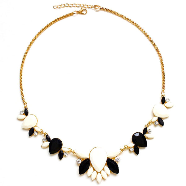 Petaled Flower Choker Necklace