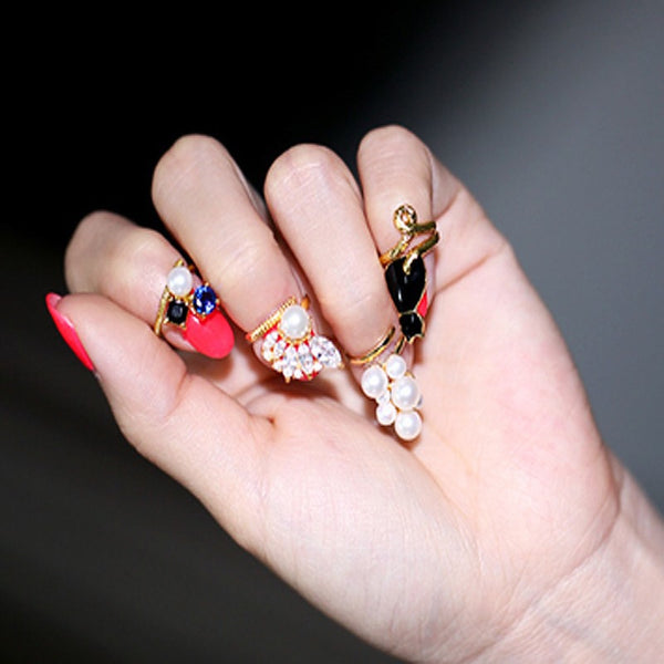 Black Cat & Pearls Nail Rings Set
