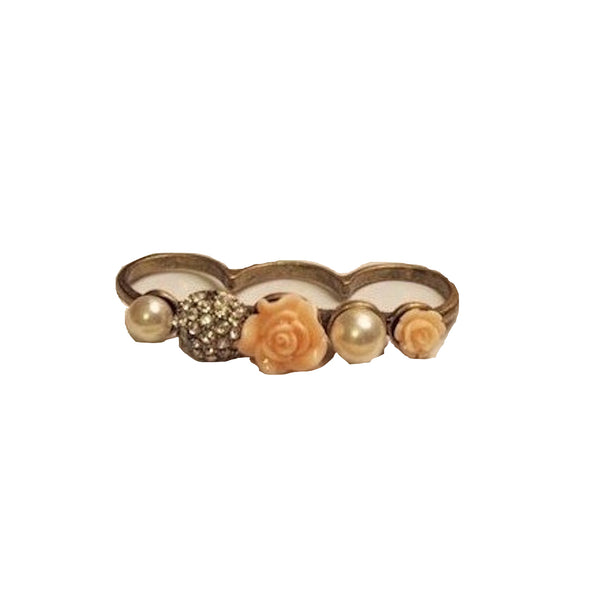 Kissing Roses Three-finger Ring
