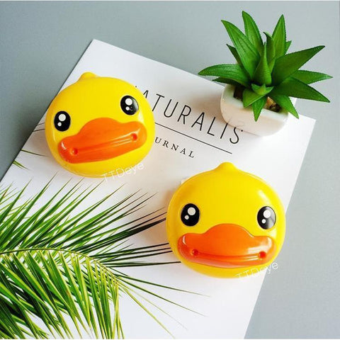 TTDeye Cute Duck Lens Case