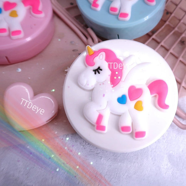Unicorn Lens Case Outside