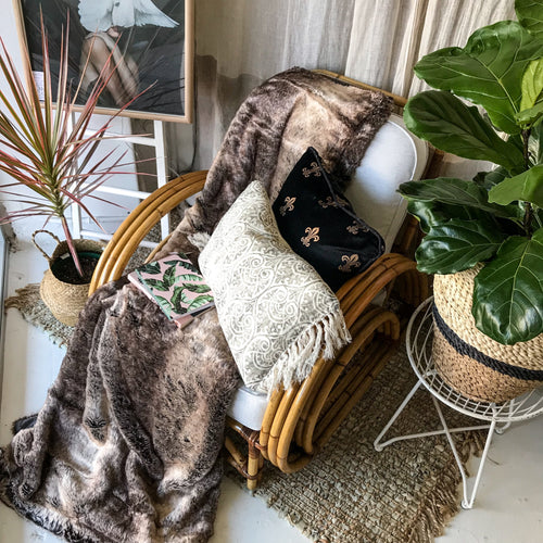 Snug Faux Fur Fluffy Throw - Natural