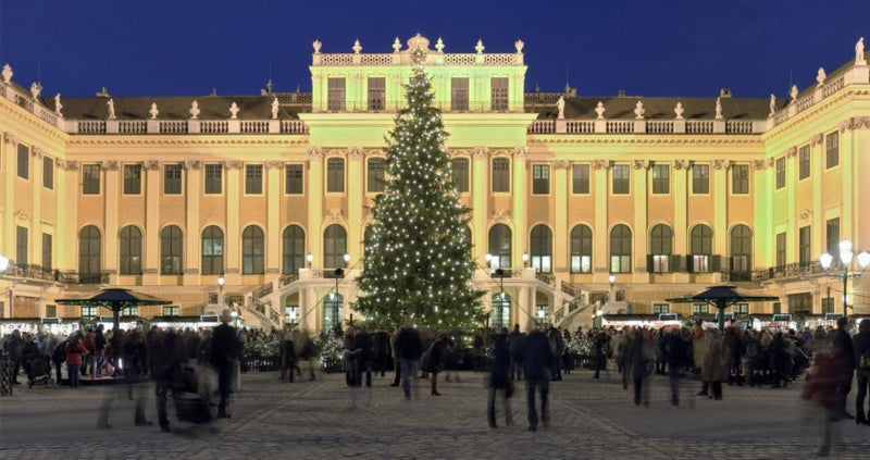 Christmas Market at the Schönbrunn Palace