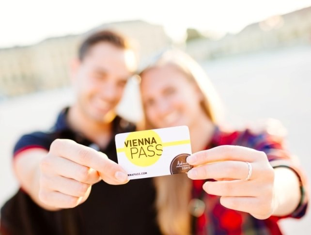 Vienna All inclusive Pass, Sightseeing Bus, Hop on Hop off, museums, palaces, attractions, one card