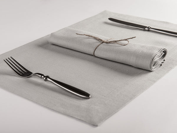 Dove grey linen napkin and placemat by Lovely Home Idea