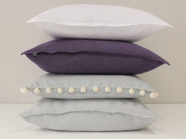 Pom Pom accent pillows by Lovely Home Idea