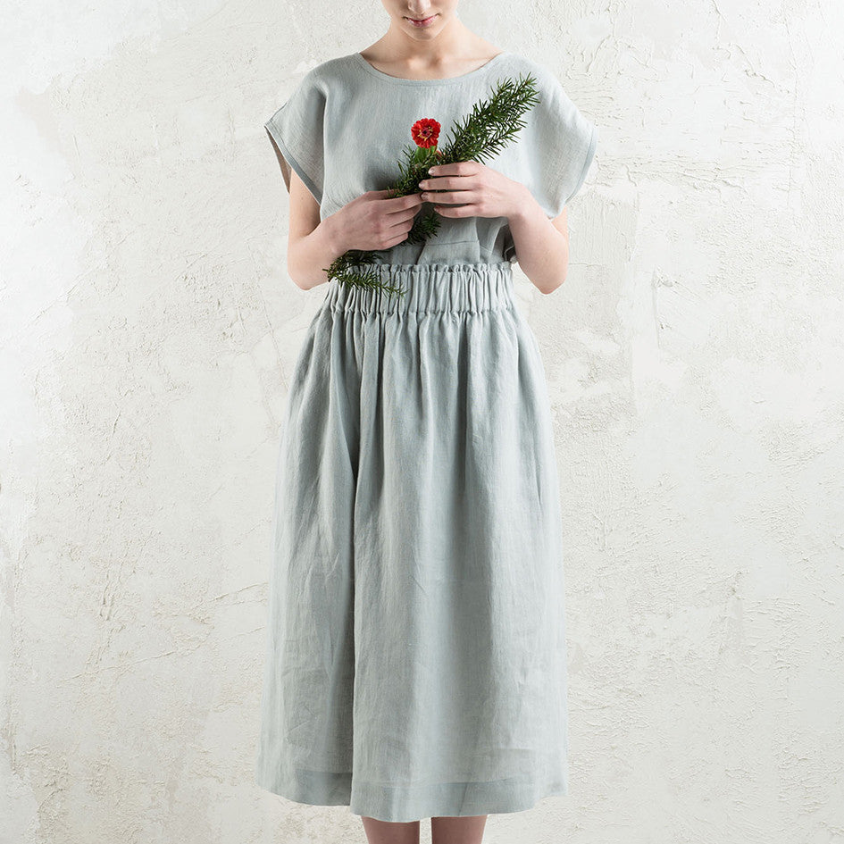 Long linen skirt in Dove grey