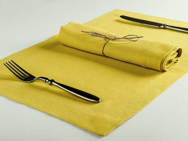 Mustard linen table napkin and placemat by Lovely Home Idea