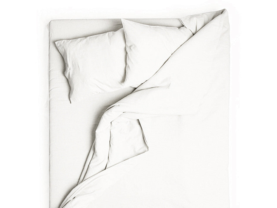 White linen duvet cover by Lovely Home Idea