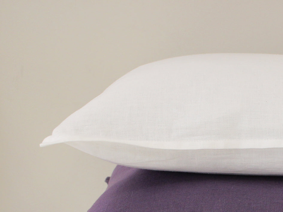 white-decorative-pillow-cover