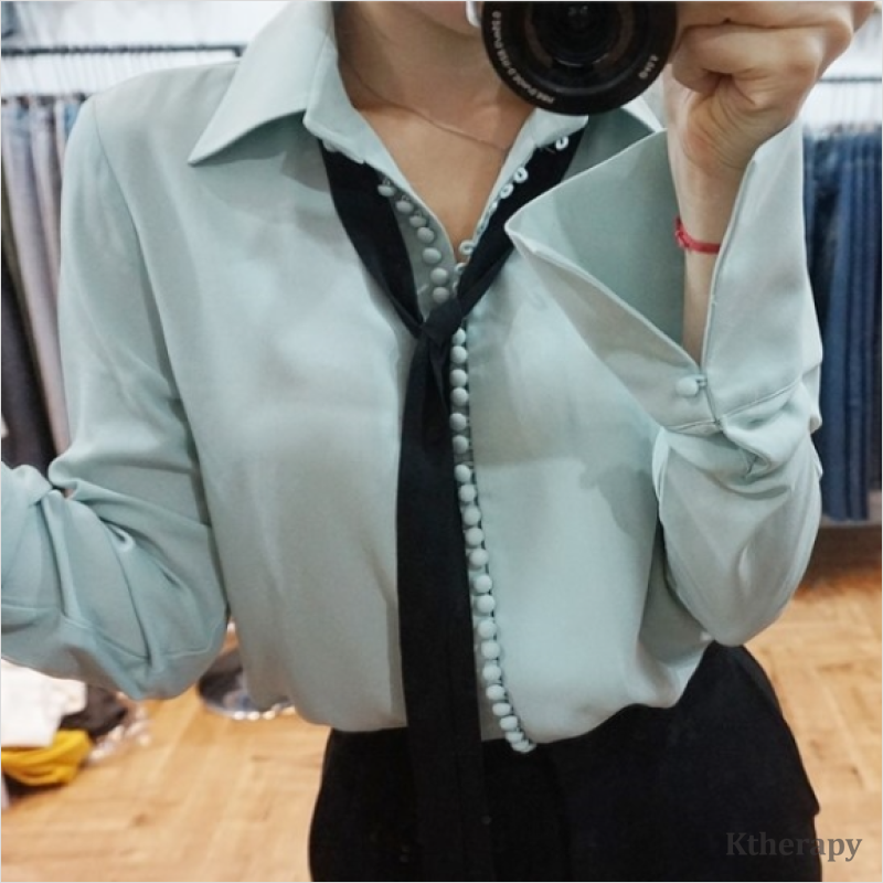 [3rd RESTOCK] TIFFANY BUTTON BLOUSE - K therapy